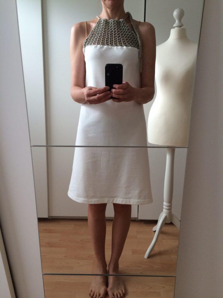 LOTILDA Kleid mit Strickeinsatz Selfie Spiegel